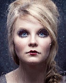 Make up: Nina Piippanen, Hair: Iida Santalahti